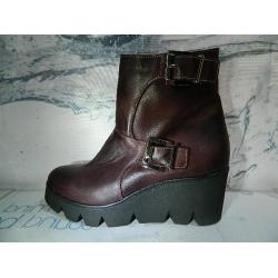 Dámské boty kožené vycházkové ZIMNÍ obuv Bucik 6b586a33be