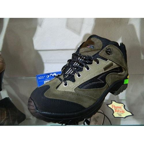 df594681076 Pánské boty kožené - tracing
