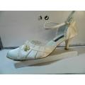 Dámské boty společenské svatební bílé